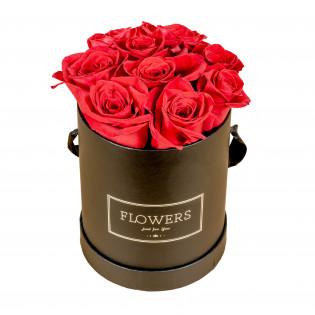Róże w pudełku czarnym