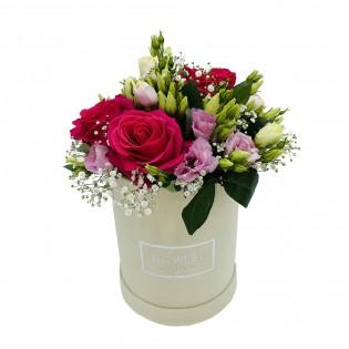Box róże i eustomy różowe