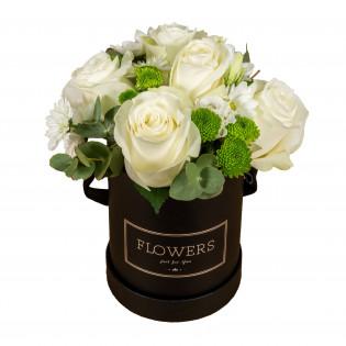 Róże z santini w pudełku